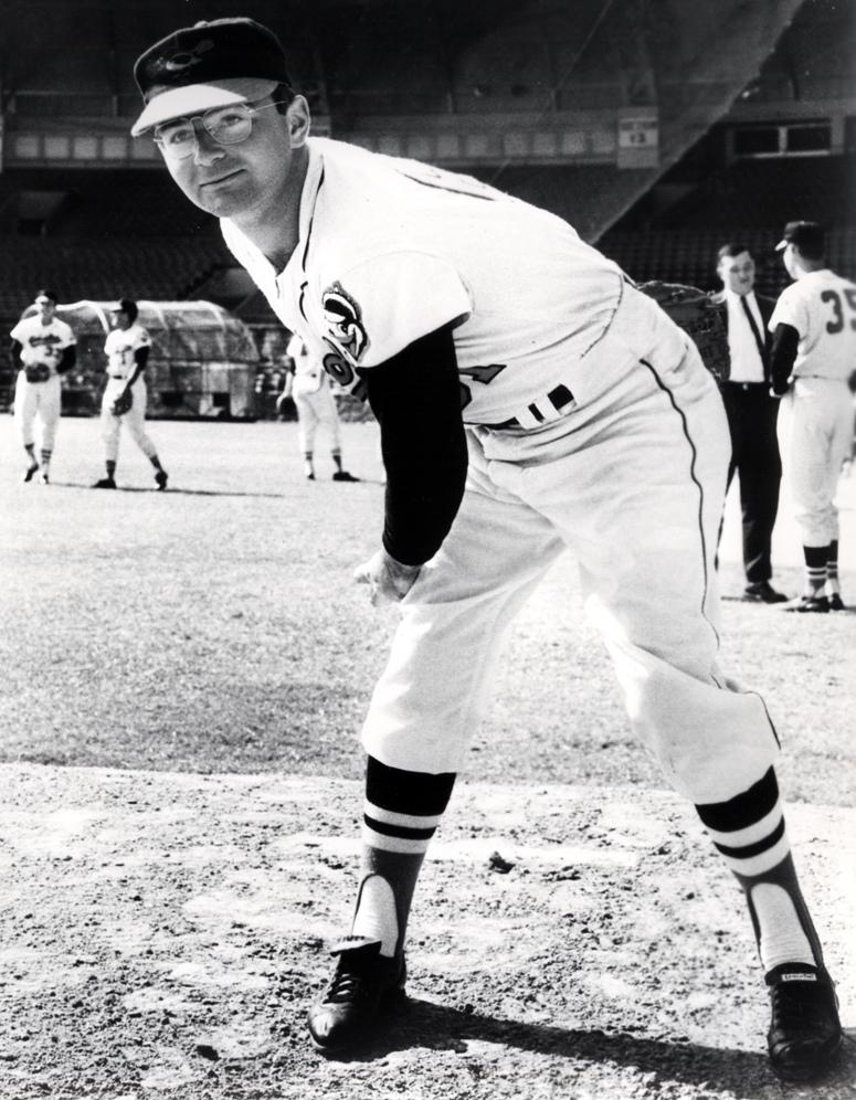 El Pitcher Más Rápido de la Historia | Adictos al Béisbol